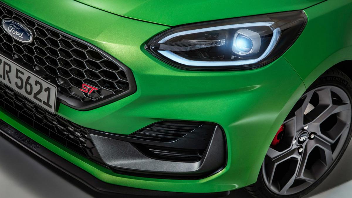 2022-Ford-Fiesta-ST-4
