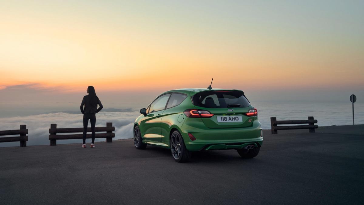 2022-Ford-Fiesta-ST-9