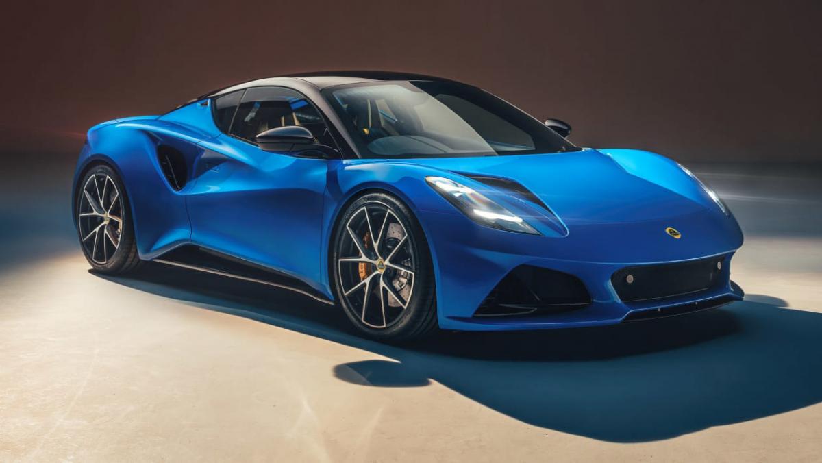 2022-Lotus-Emira-1