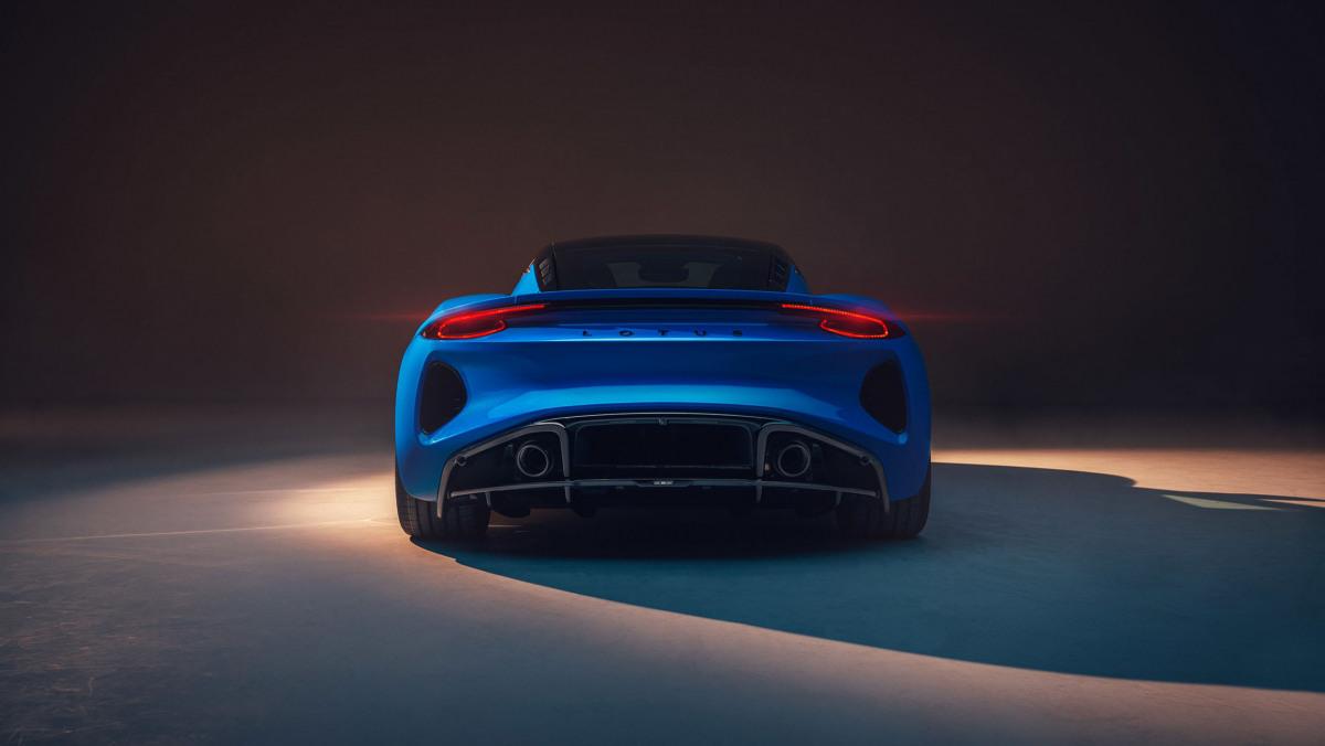 2022-Lotus-Emira-18
