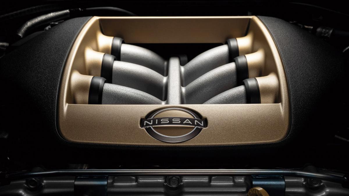 Nissan-GT-R-6
