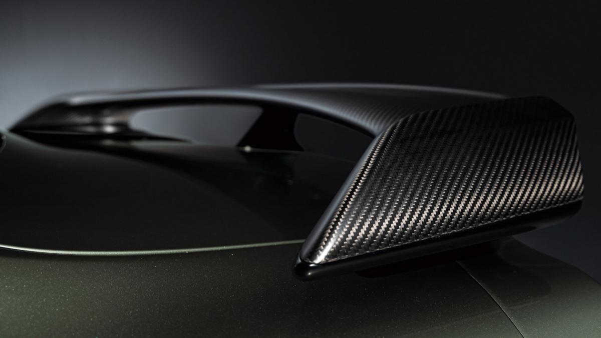 Nissan-GT-R-7