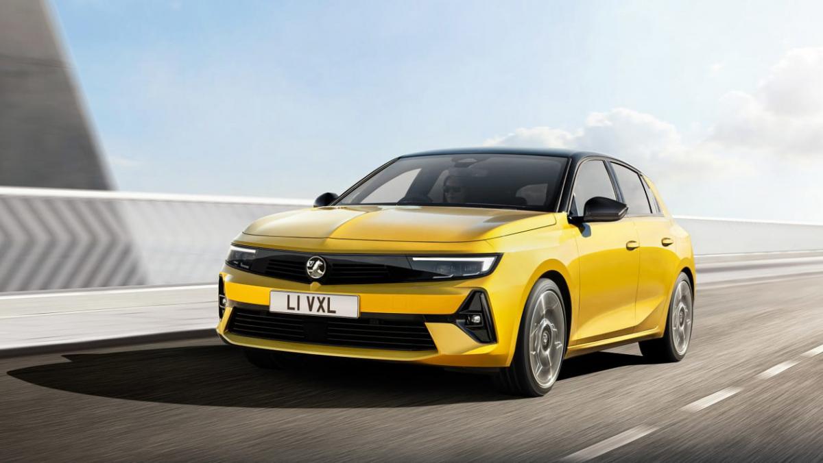 2022-Vauxhall-Astra-1