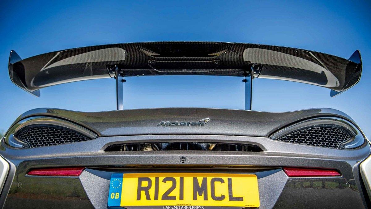 620R-v-911-GT3-RS-4