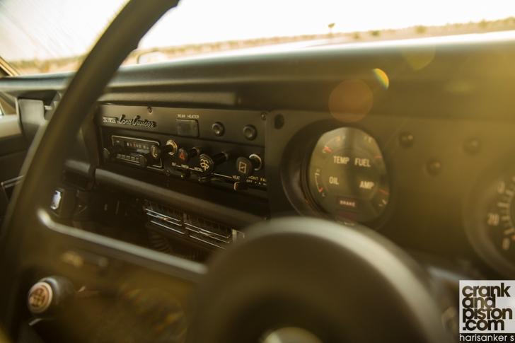 Toyota. Land Cruiser meets 1980 FJ 56V crankandpiston-14