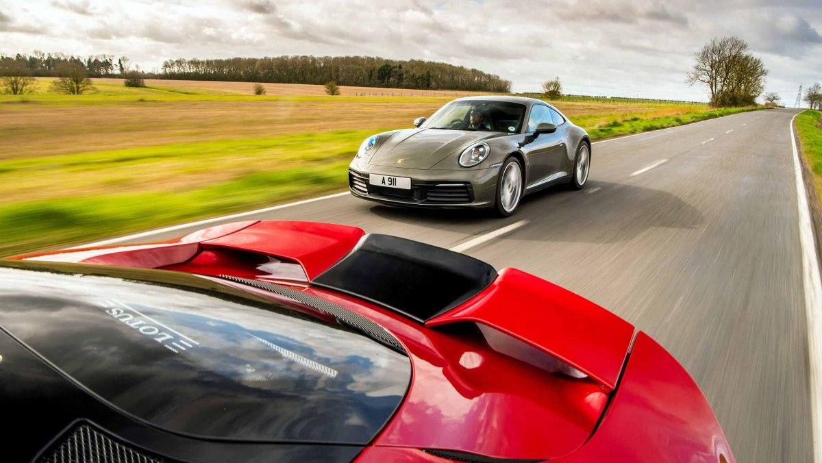 911-Carrera-vs-Evora-GT410-7