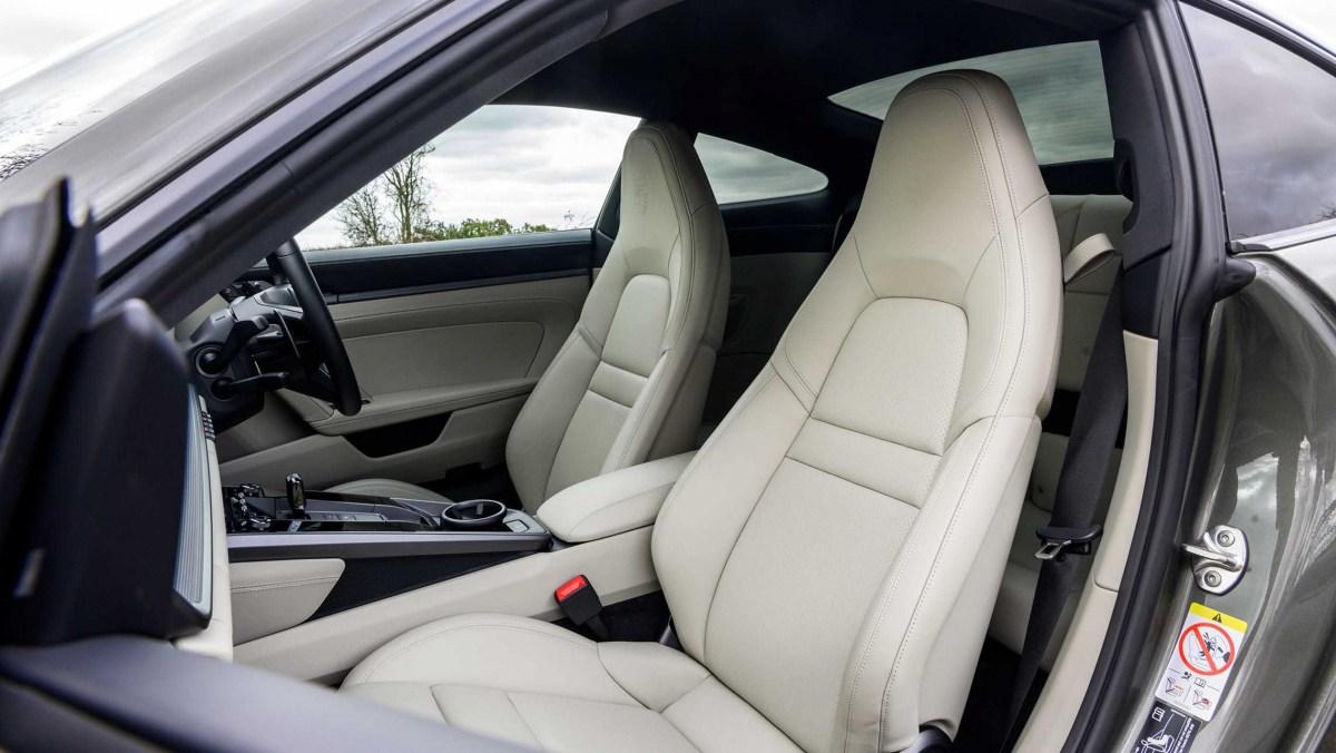 911-Carrera-vs-Evora-GT410-9