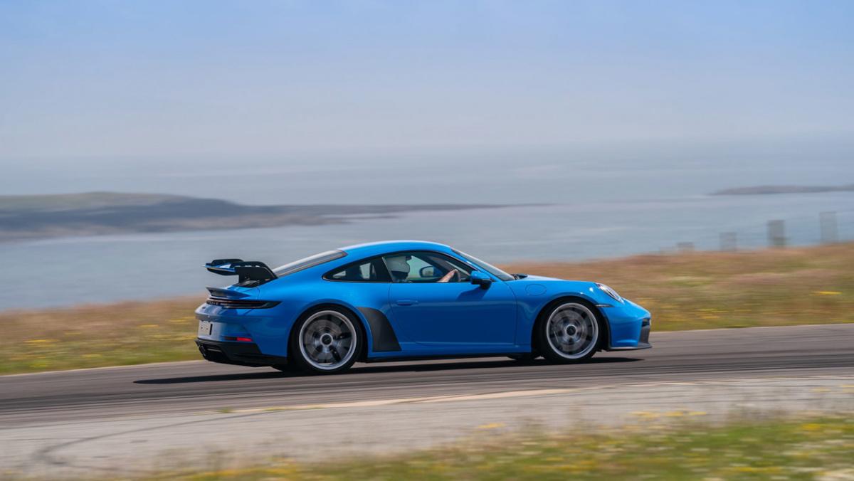 992-Porsche-911-GT3-manual-2