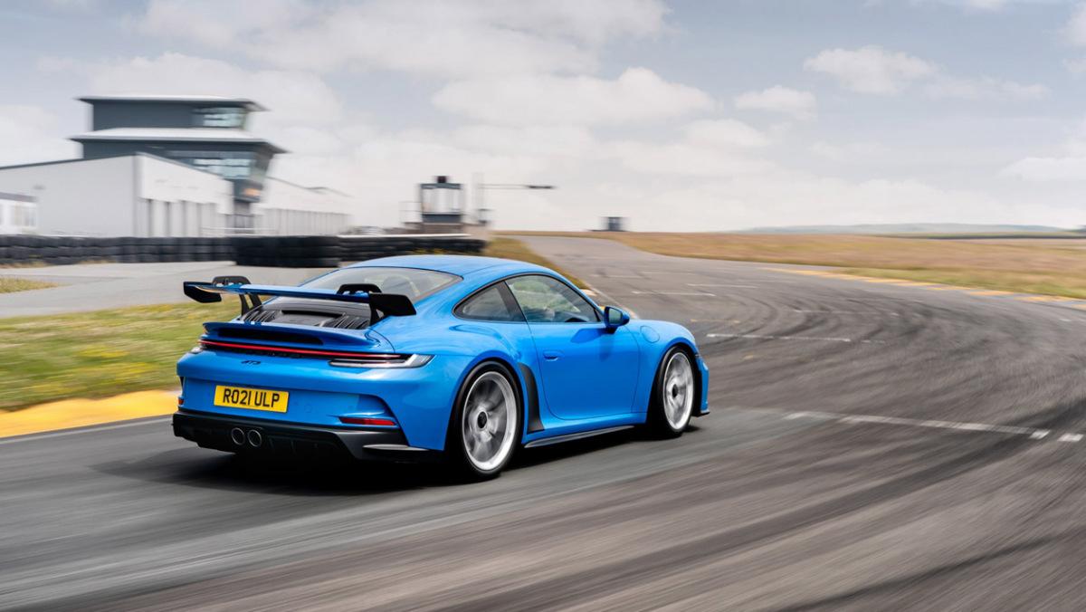 992-Porsche-911-GT3-manual-8