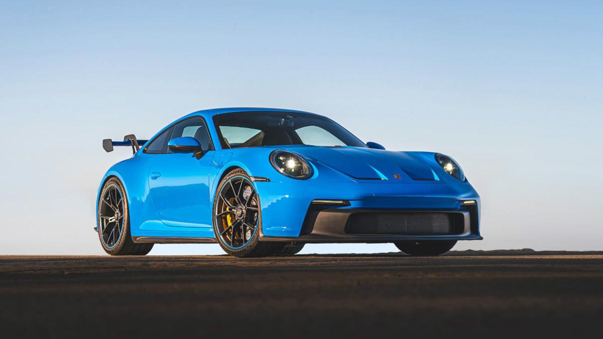 1_992-Porsche-911-GT3-1