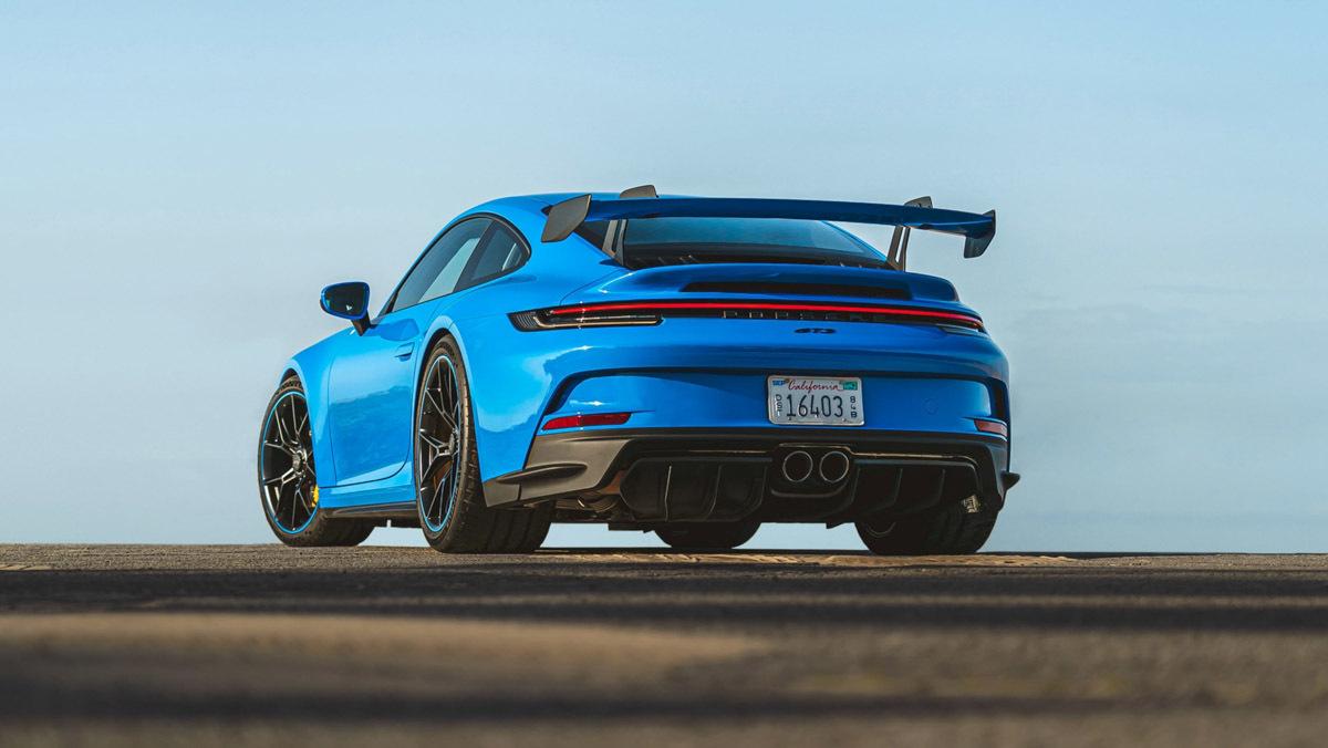 1_992-Porsche-911-GT3-2