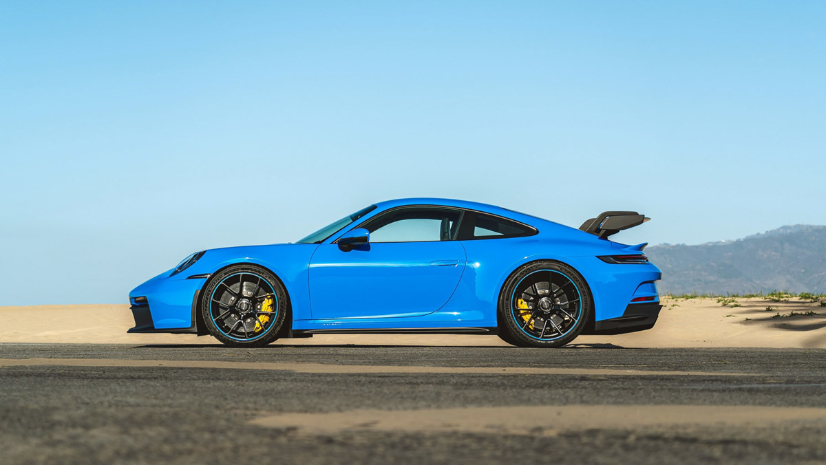 1_992-Porsche-911-GT3-3