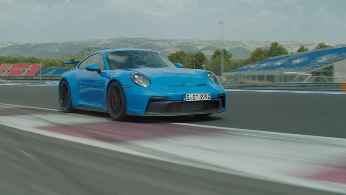 992-Porsche-911-GT3-10