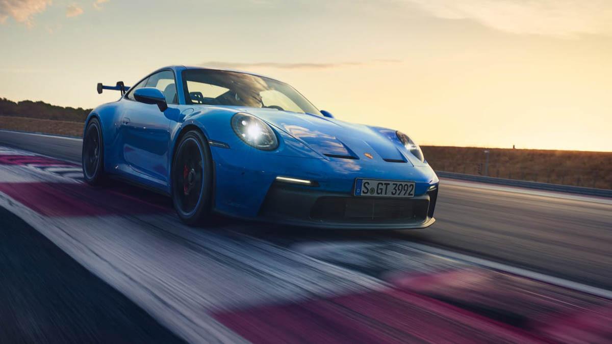 992-Porsche-911-GT3-12