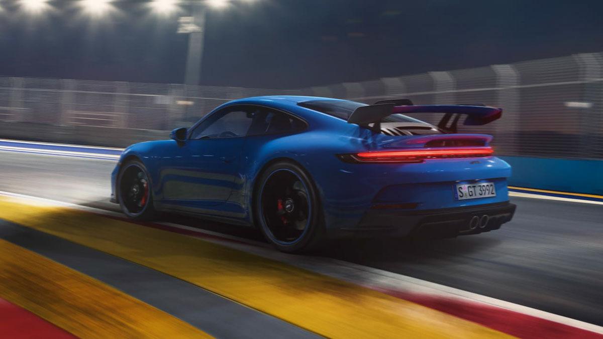 992-Porsche-911-GT3-13