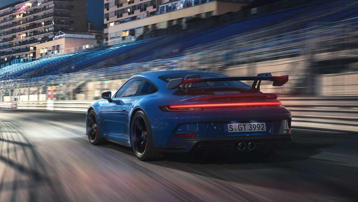 992-Porsche-911-GT3-18