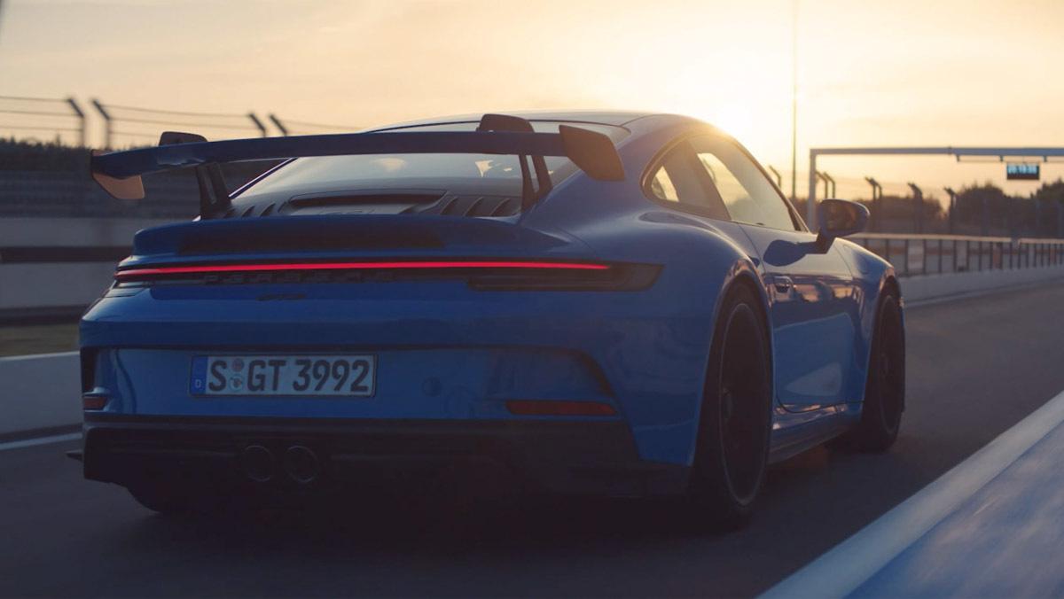 992-Porsche-911-GT3-8
