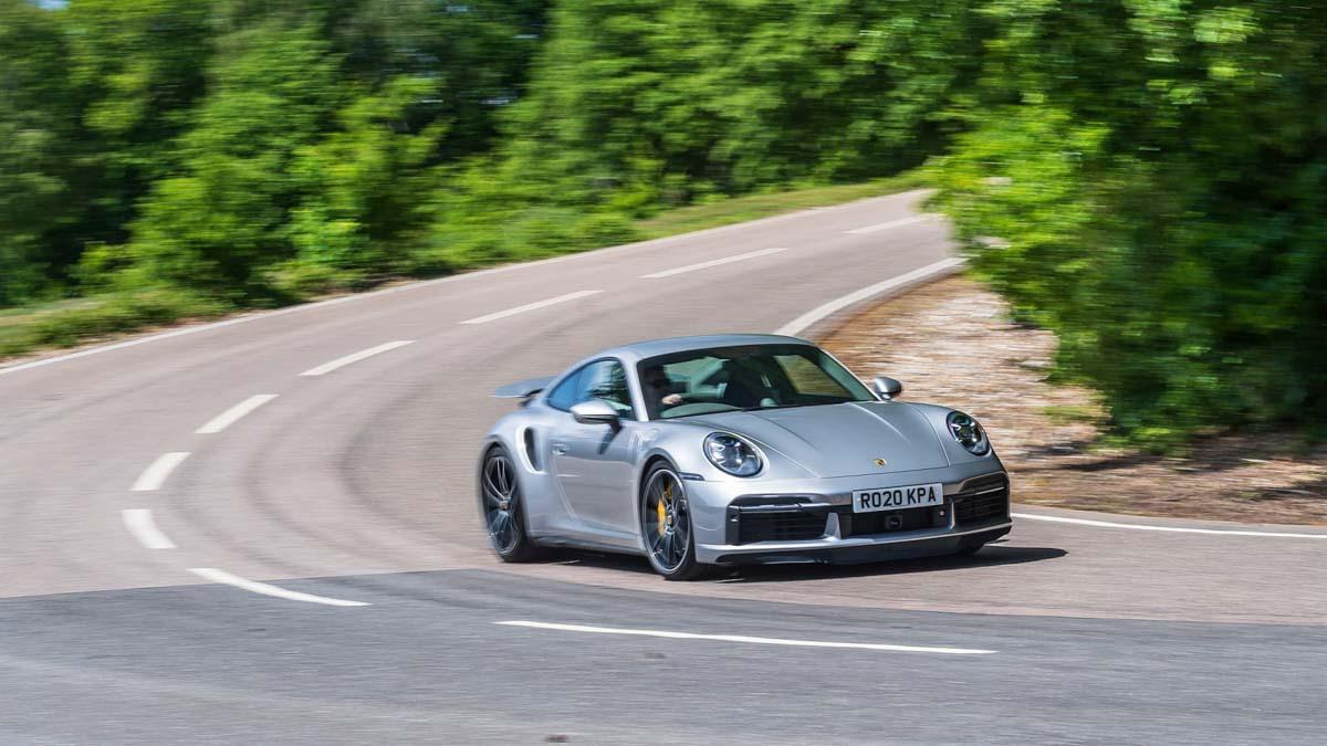 992-Porsche-911-Turbo-S-3