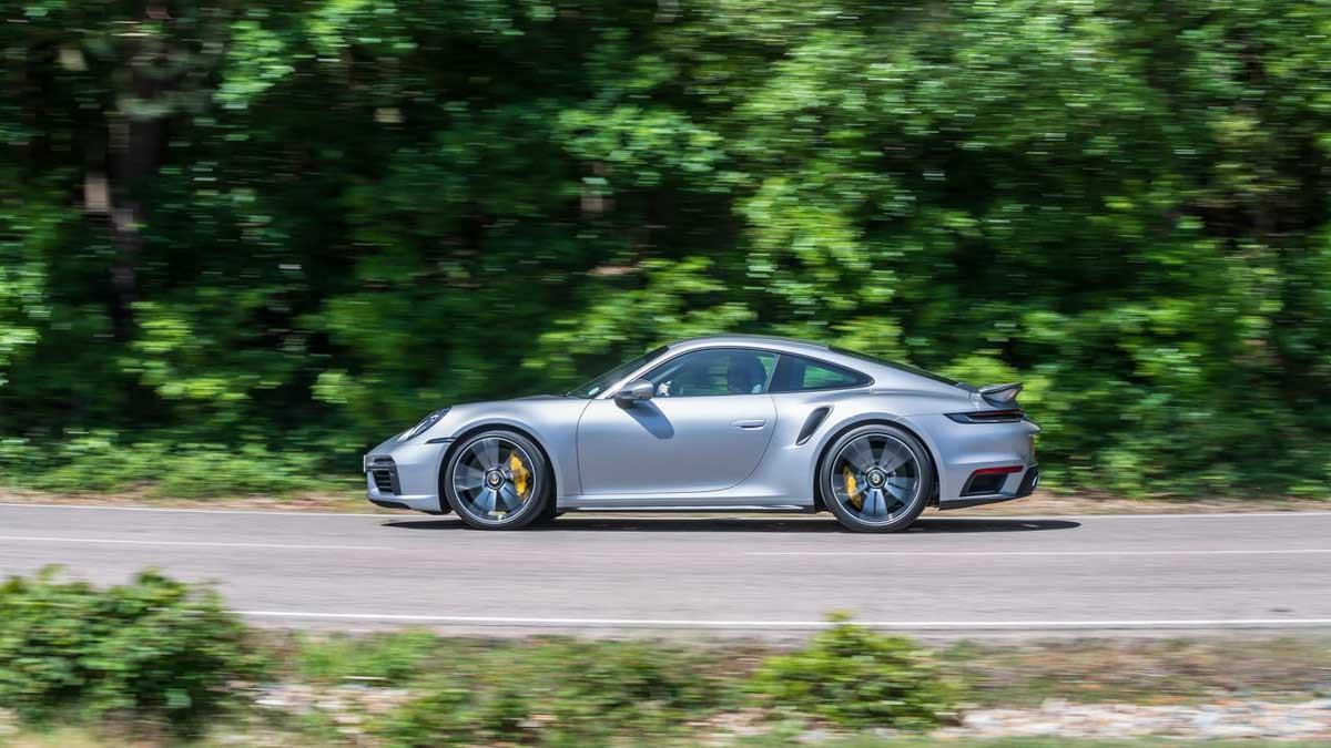 992-Porsche-911-Turbo-S-4