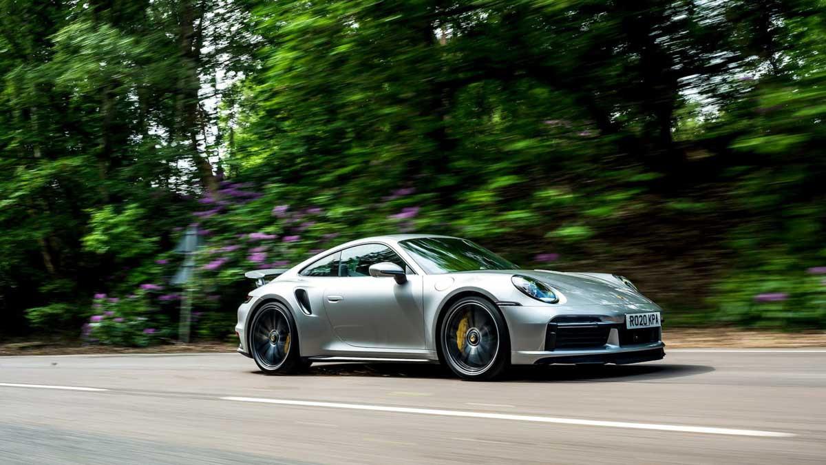 992-Porsche-911-Turbo-S-6