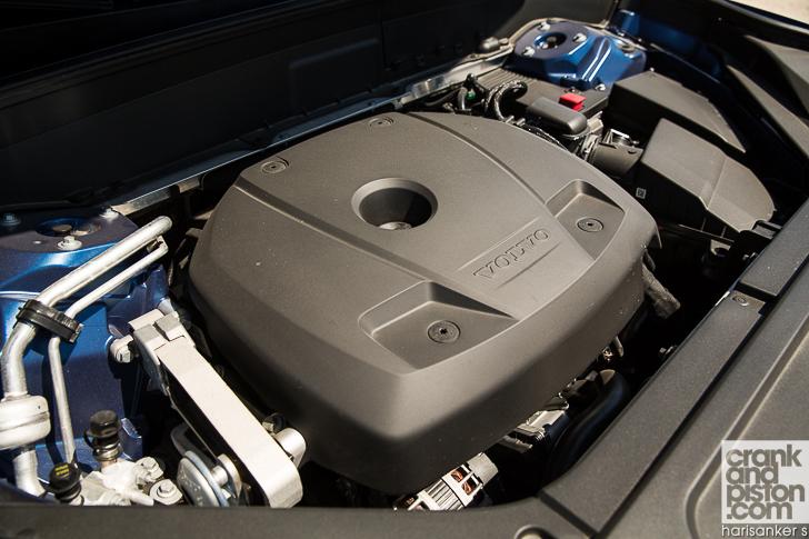 Volvo XC90 R-Design 12