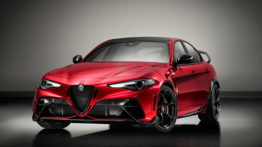 Alfa-Romeo-Giulia-GTA-and-GTAm-1