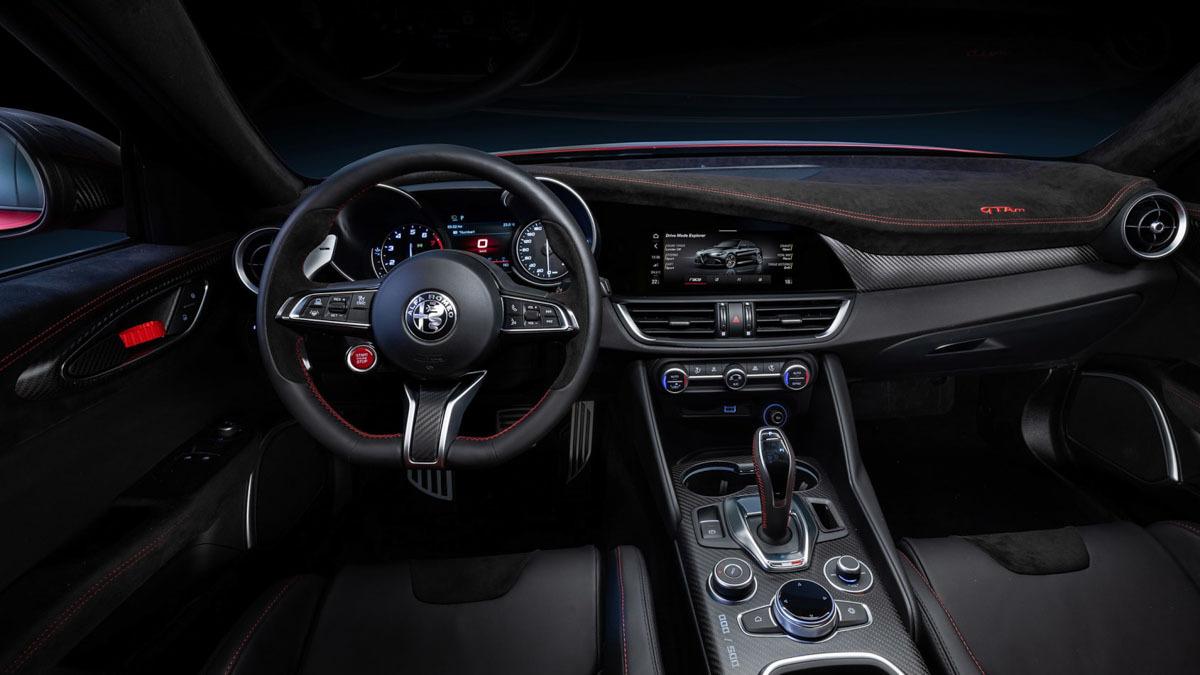 Alfa-Romeo-Giulia-GTA-and-GTAm-3