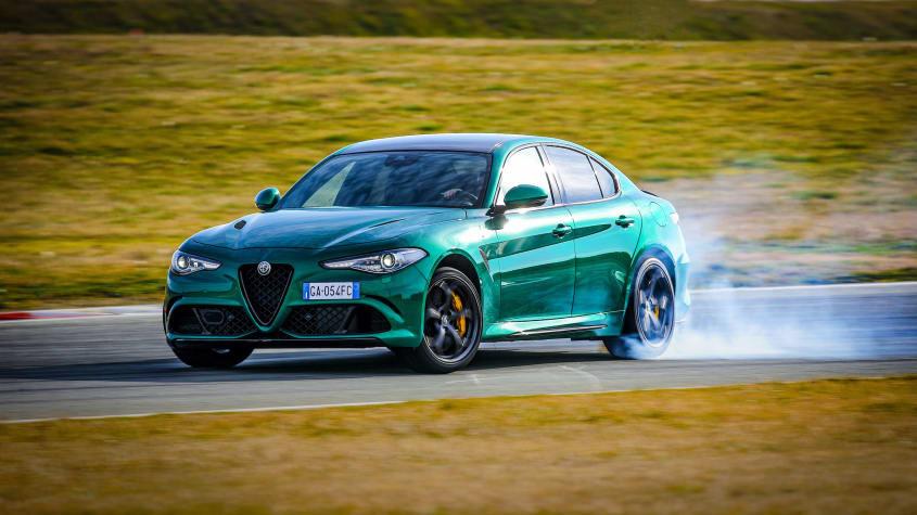 Alfa-Romeo-Giulia-Quadrifoglio-1