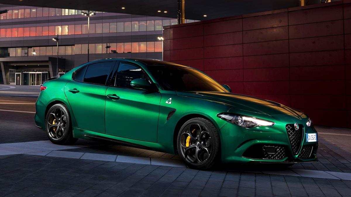 Alfa-Romeo-Giulia-Quadrifoglio-8