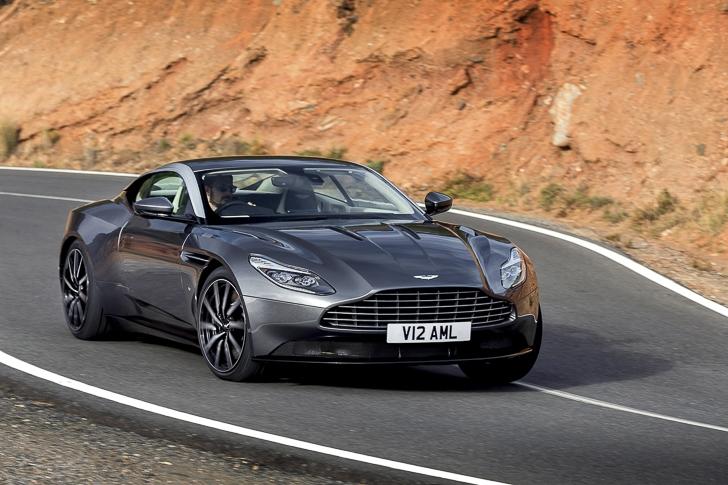 Aston Martin DB11 05