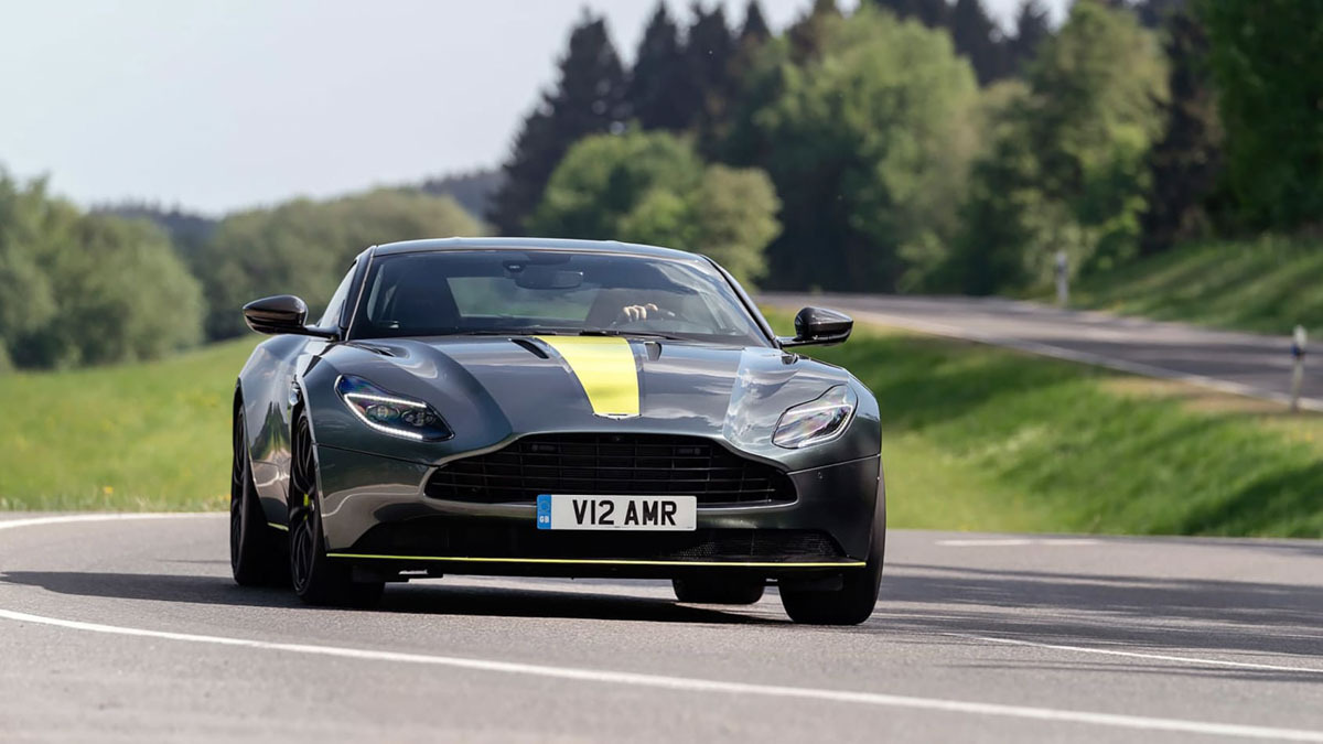Aston-Martin-DB11-AMR-8