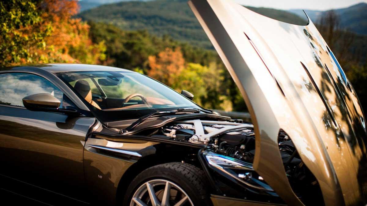 Aston-Martin-DB11-review-1-15