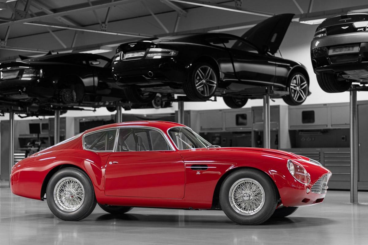 Aston-Martin-DB4-GT-Zagato-Continuation-15