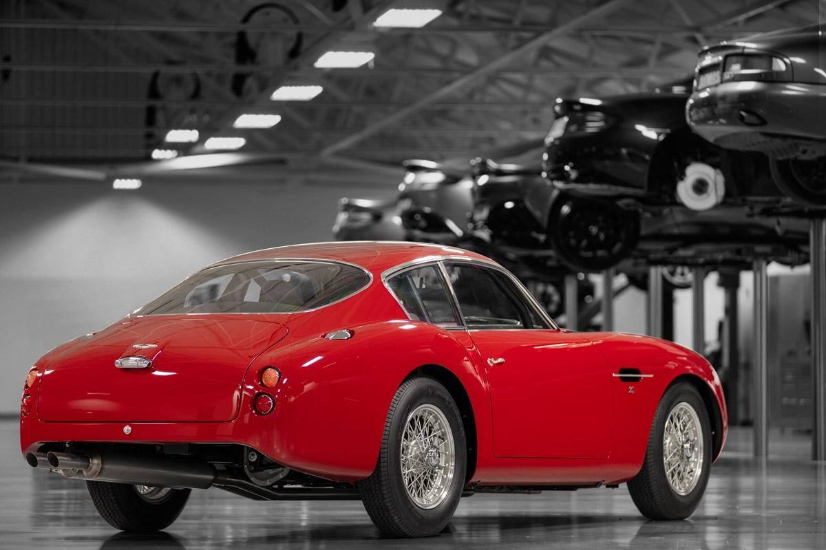 Aston-Martin-DB4-GT-Zagato-Continuation-5
