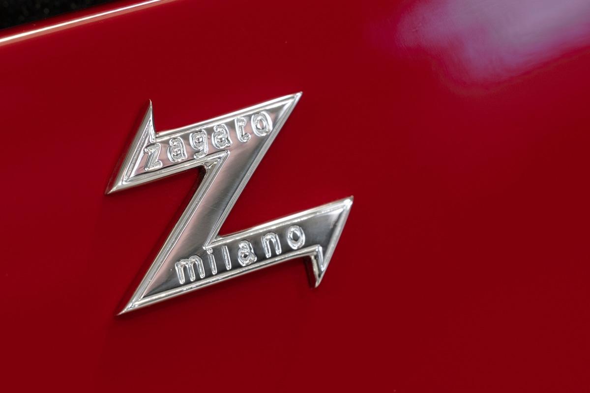 Aston-Martin-DB4-GT-Zagato-Continuation-10