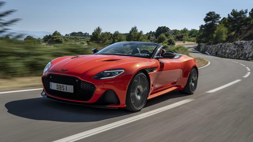 Aston-Martin-DBS-Superleggera-Volante-2020-review-1