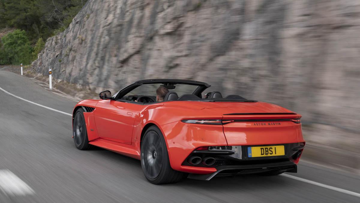 Aston-Martin-DBS-Superleggera-Volante-2020-review-2