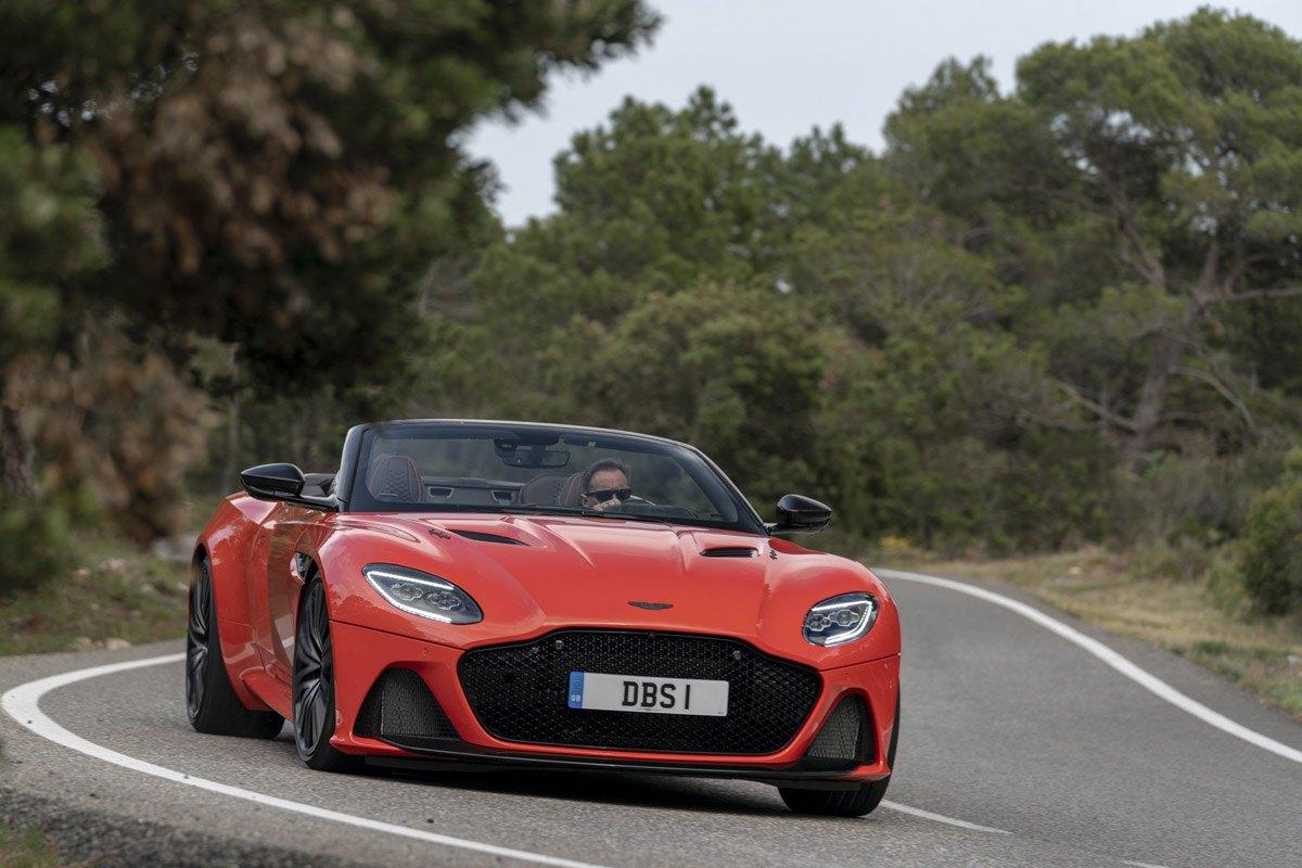 Aston-Martin-DBS-Superleggera-Volante-6