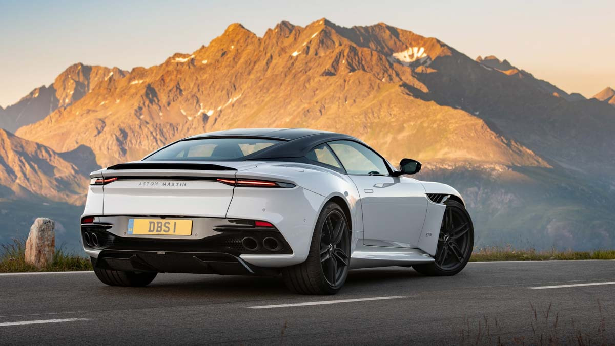 Aston-Martin-DBS-Superleggera-4