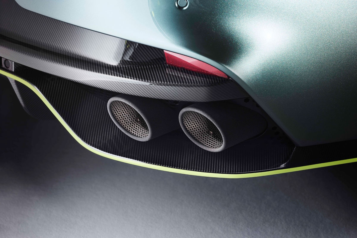 Aston Martin Rapide AMR to launch at Le Mans-10