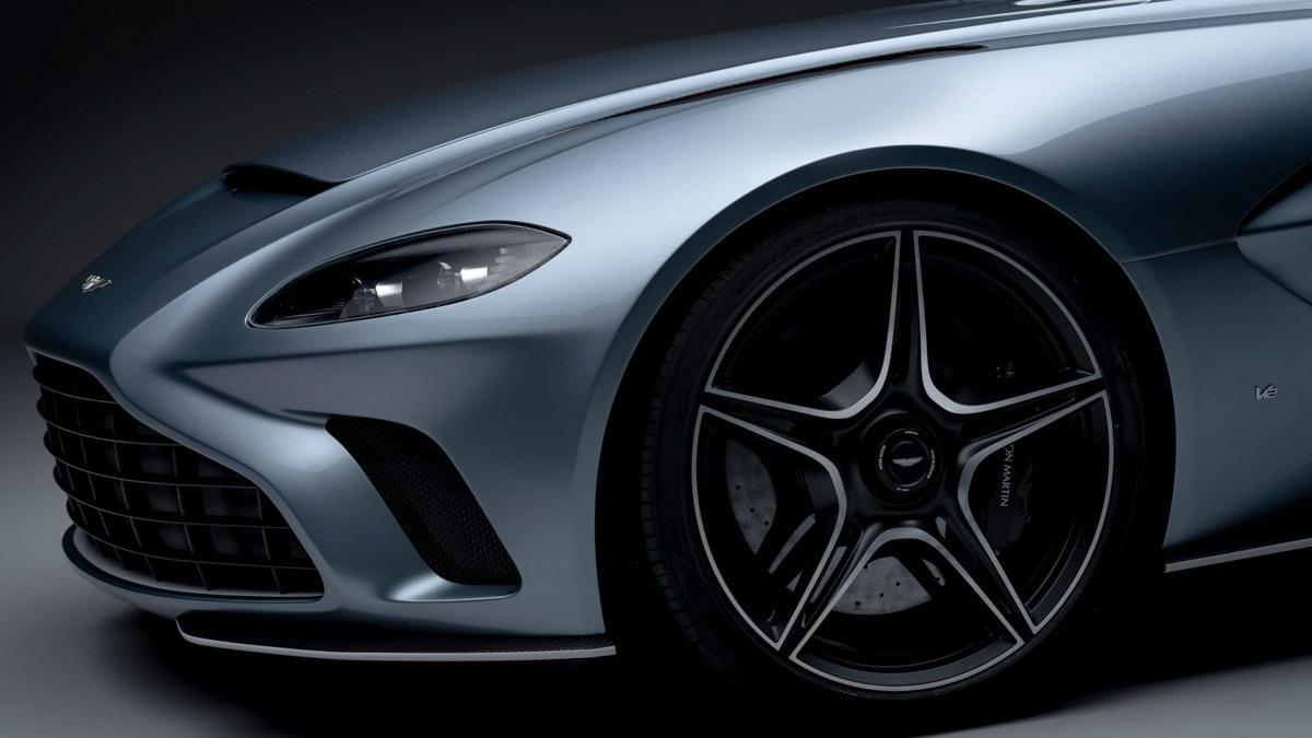 Aston-Martin-V12-Speedster-8