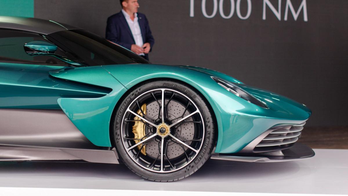 Aston-Martin-Valhalla-5