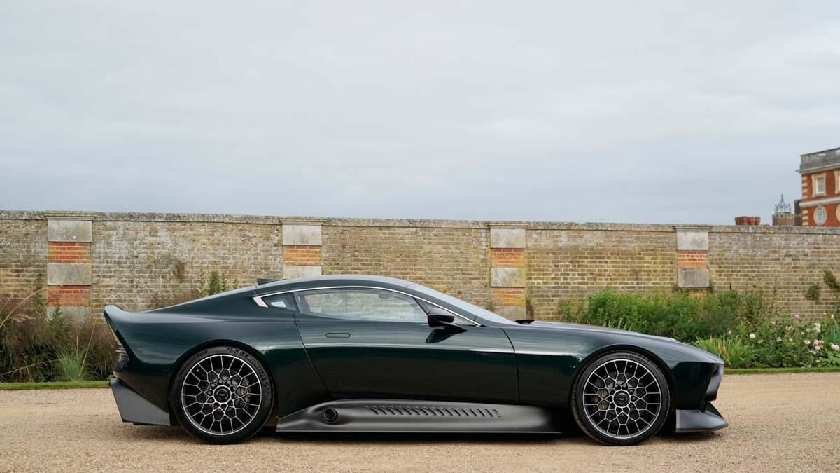 Aston-Martin-Victor-10