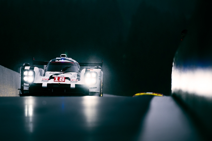 Behind the Lens with Max Muller crankandpiston-2
