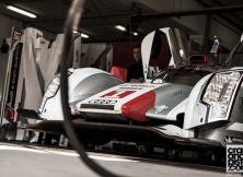 behind-the-scenes-fia-world-endurance-championship-porsche-gt3-challenge-cup-middle-east-70