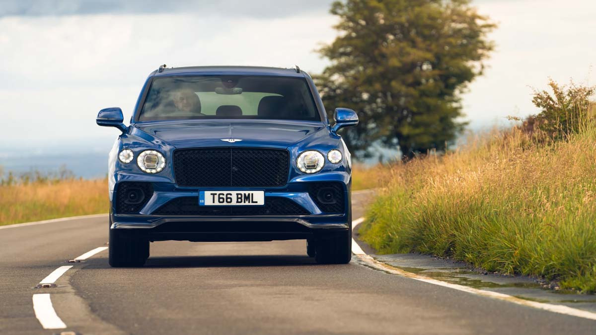 Bentley-Bentayga-15