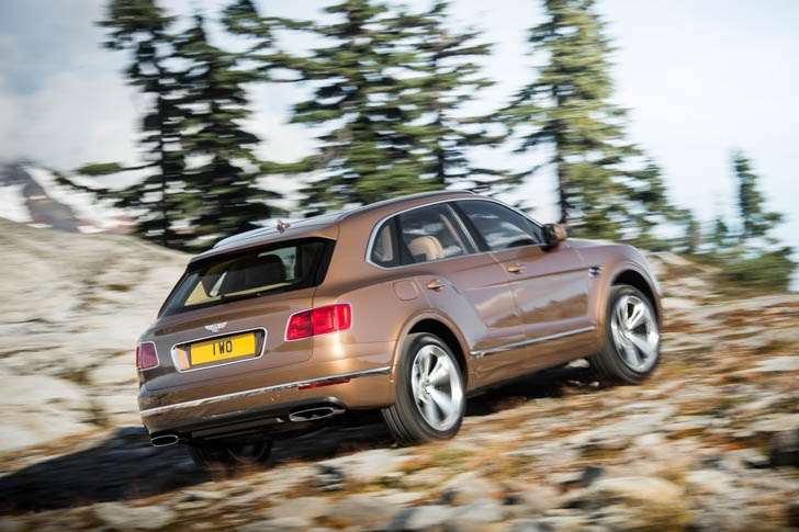 Bentley Bentayga 02