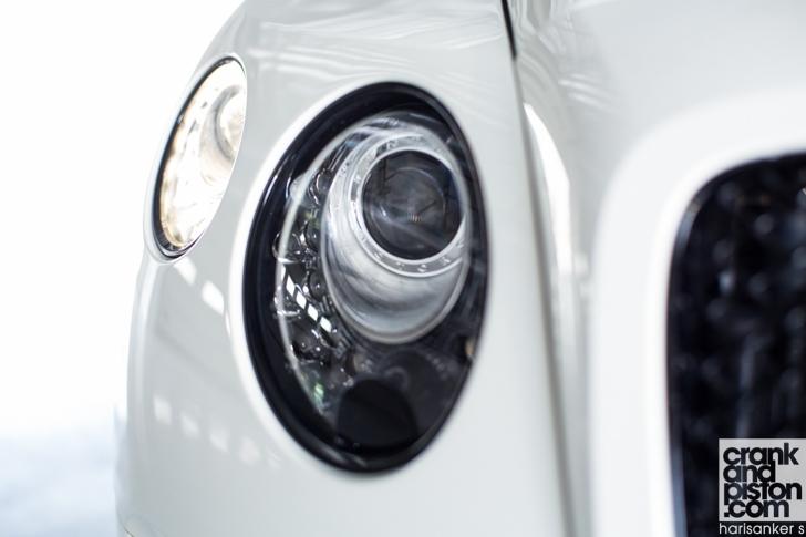 Bentley GT3-R vs McLaren 650S Spider-17