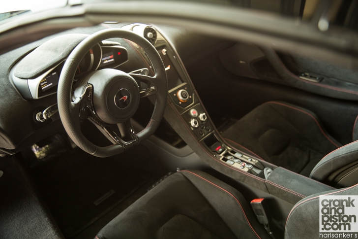 Bentley GT3-R vs McLaren 650S Spider-20