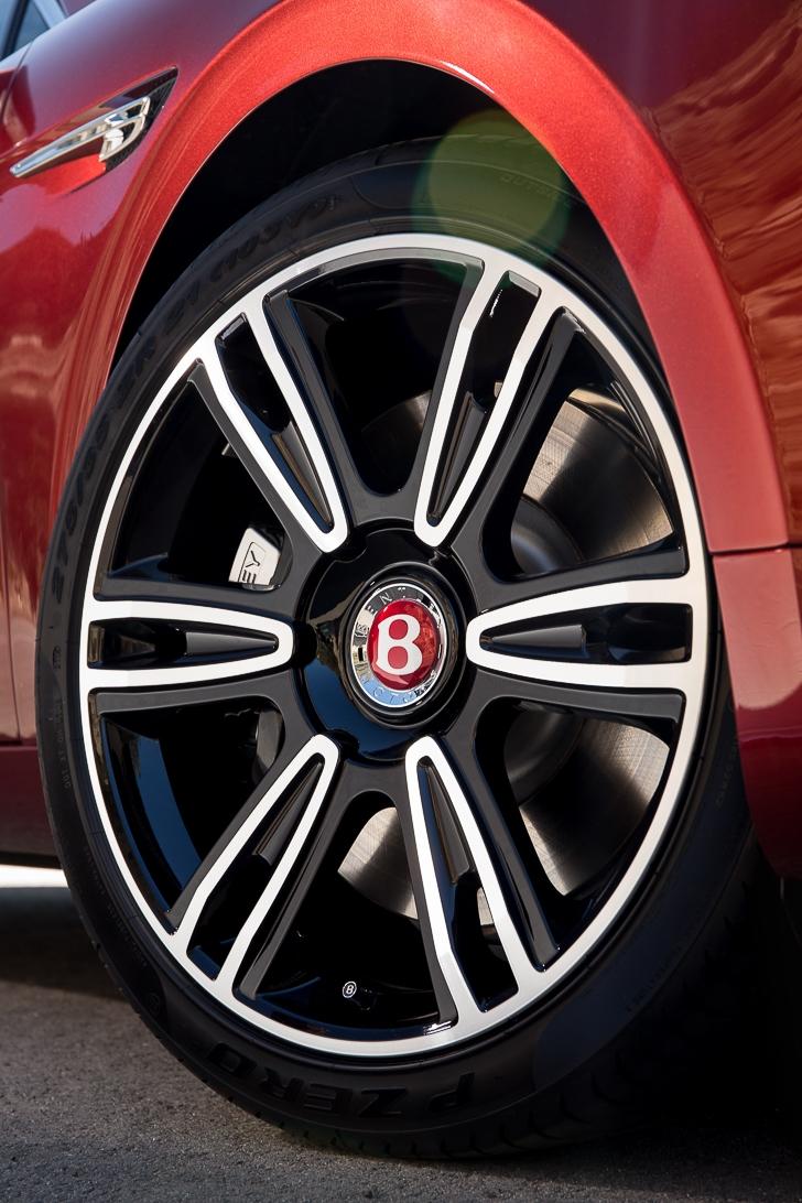 Bentley Flying Spur V8 S 07